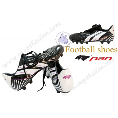 PAN FOOTBALL SHOES. PF-1563-AW
